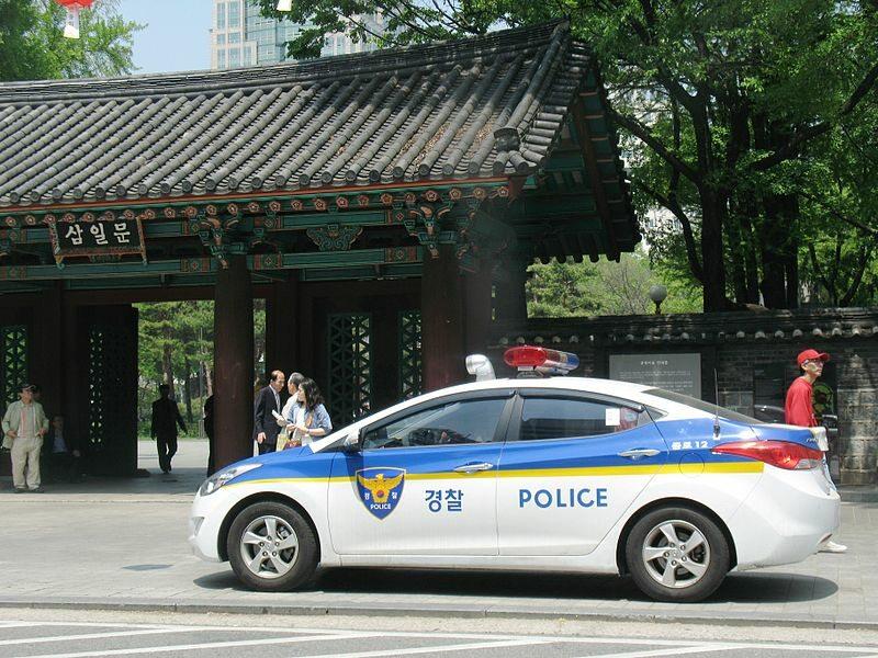 Policyjny radiowóz w Seulu