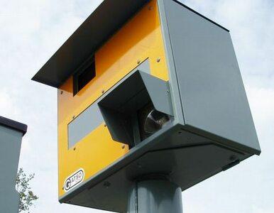 Pokazał środkowy palec… fotoradarowi. Mandat wyniesie 1500 euro