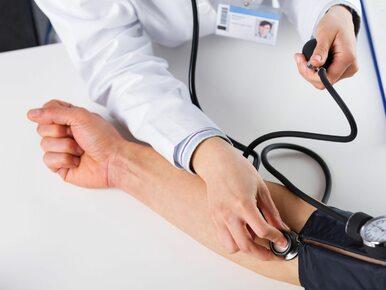 Jak obniżyć ciśnienie krwi? 5 prostych sposobów