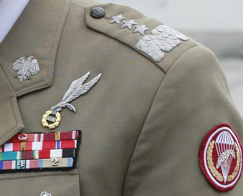 Mundur generał broni Wojska Polskiego