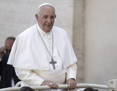"""Papież apeluje o modlitwę za polityków. """"Jak możemy ich zostawić?"""""""