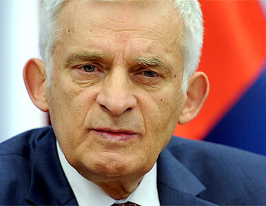 """Buzek był """"zbyt uprzejmy"""", """"miękki"""" i """"nieskuteczny, bo wypowiadał się..."""