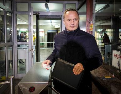 Po 12 godzinach zakończyło się przesłuchanie Czarneckiego. Przekazał...
