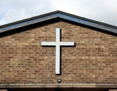 Mniej osób chodzi do Kościoła. Po raz pierwszy od 30 lat