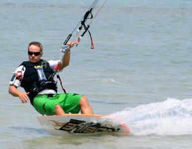 Polski kitesurfer chce pobić rekord Guinessa - relacja na Wprost.pl