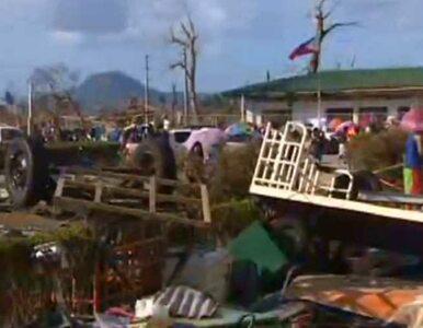 """Krajobraz po tajfunie. """"Wszystko jest tu zrujnowane"""""""