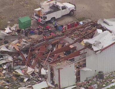 Krajobraz po przejściu tornado. Hrabstwo Collin w Teksasie zrównane z...