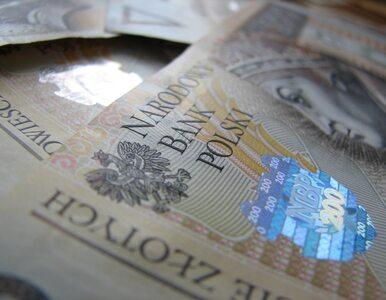 Z sejfów pod podłogą ukradli 2,7 mln zł. Zabrali pieniądze i biżuterię