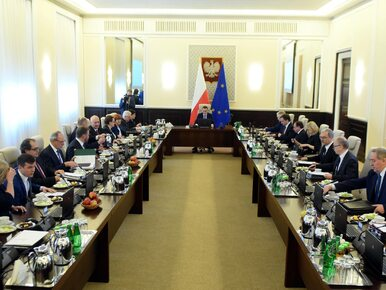 Polacy ocenili rząd Morawieckiego. Co myślą o pracy ministrów?
