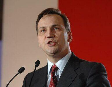 Sikorski: głosuję na Komorowskiego. Wy tak nie róbcie.