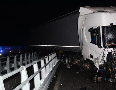 Tragedia na A1. Kierowcy wpadli w szczelinę między wiaduktami