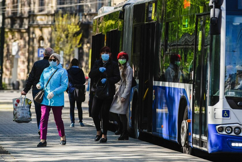 Autobus miejski w Krakowie, 20 kwietnia