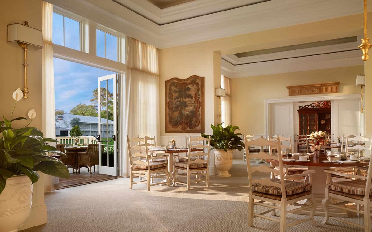 The Montage hotel resort w Palmetto Bluff