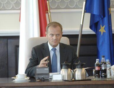 PiS-owi rośnie, Platformie spada. PJN poza Sejmem