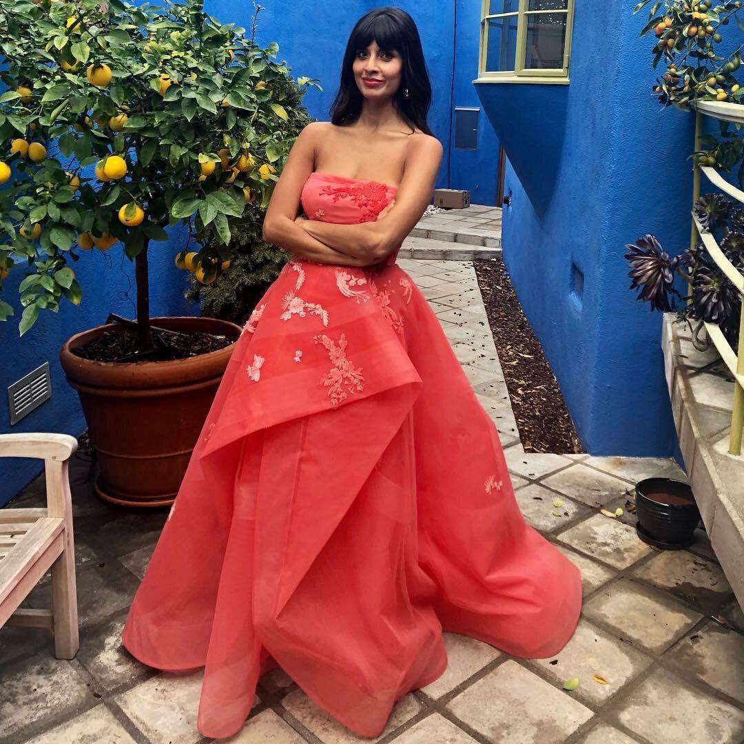 W takiej sukni na gali zaprezentowała się Jameela Jamil