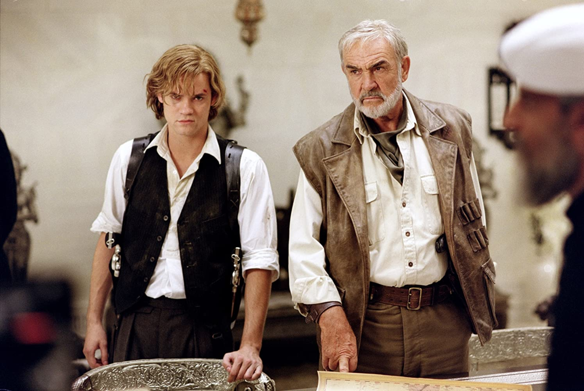 """Sean Connery i Shane West w filmie """"Liga niezwykłych dżentelmenów"""" (2003)"""