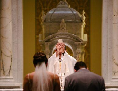 Żonaci mężczyźni będą mogli udzielać sakramentów. Abp Ryś wydał dekret