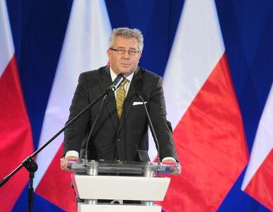 """Czarnecki komentuje swoje odwołanie. """"Chcę dalej patrzeć sobie w twarz w..."""
