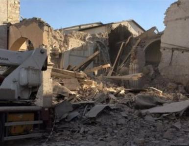 Zniszczone domy i zabytki. Trwa liczenie strat po trzęsieniu ziemi we...