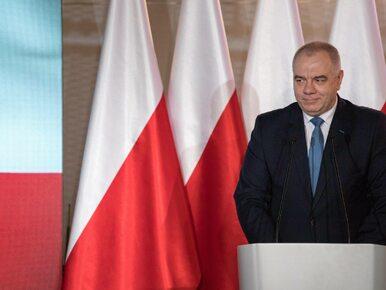"""Patryk Jaki obroni Okęcie? Rząd PiS zapowiada """"wygaszenie"""" lotniska"""