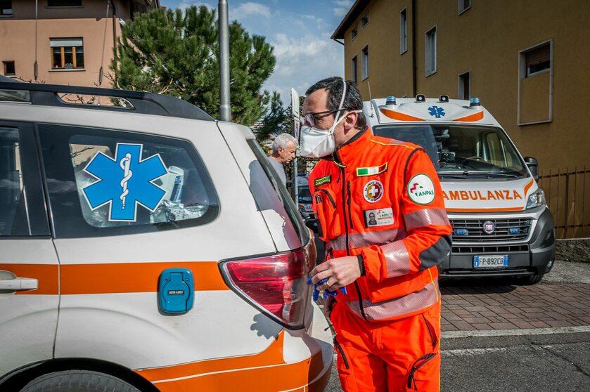 Personel szpitala w Nembro w regionie Lombardii