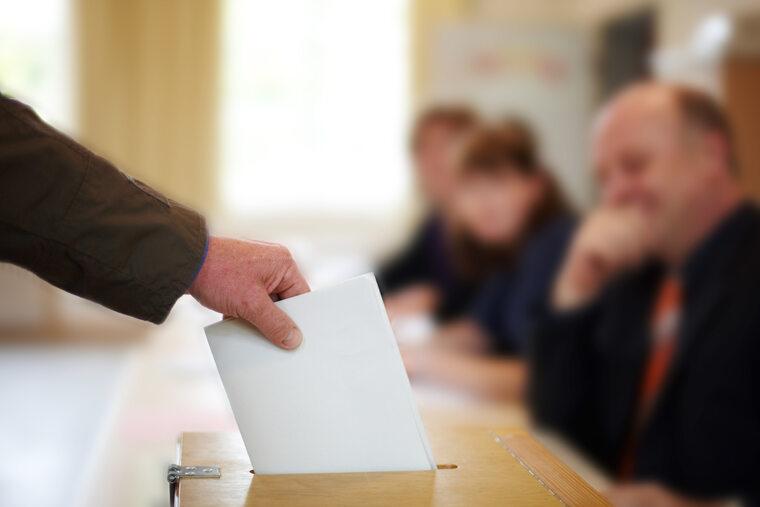 Urna wyborcza, zdjęcie ilustracyjne