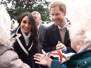 Tort, obrączki i zaproszenia. Nowe informacje o ślubie księcia Harry'ego...