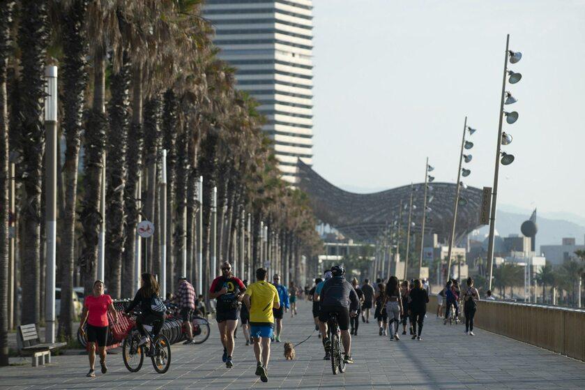 Barcelona po ponownym otwarciu plaż